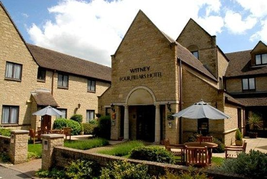 Photo of Oxford Witney Four Pillars Hotel