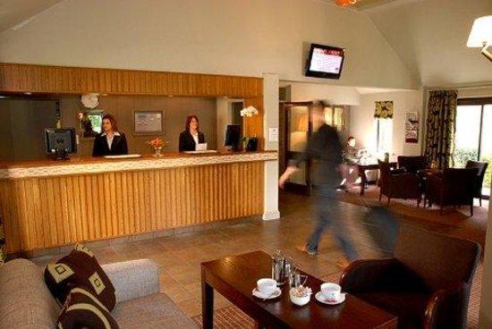 Oxford Witney Hotel: Reception