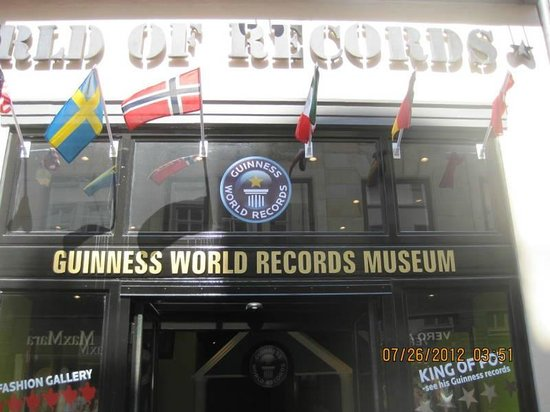 Guinness World Records Museum: front entrance