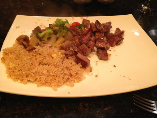 Peking Chinese Restaurant : Hibachi portion size now!
