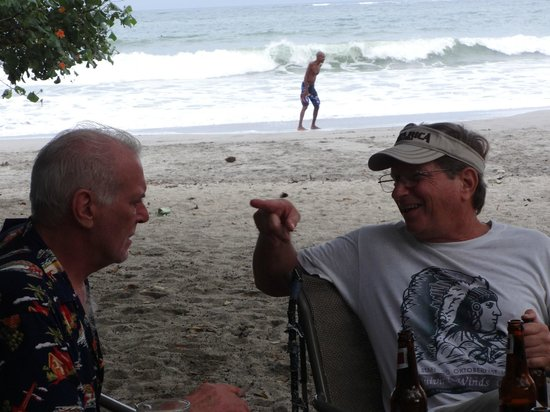 Lo Que Hay : Locals expat swap stories...