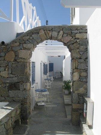 Damianos Hotel: pasillos