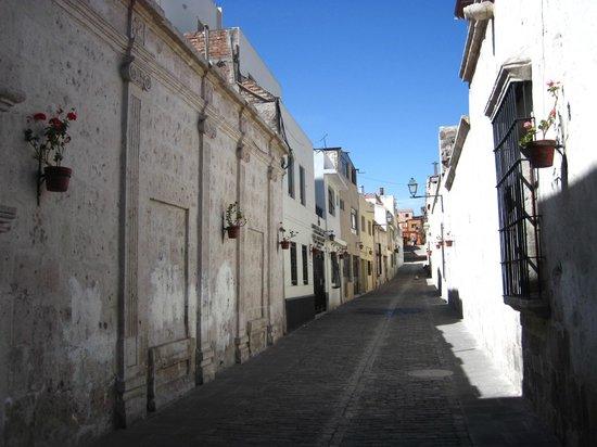 Free Walking Tour Lima: Street in Arequipa