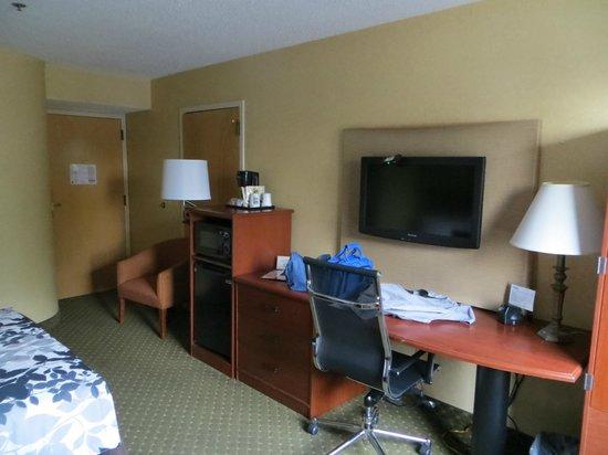Sleep Inn Allentown: Room.