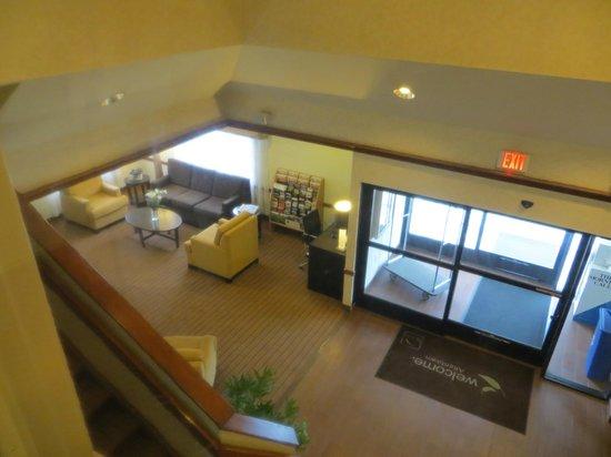 Sleep Inn Allentown: Lobby.