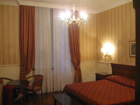 Hotel Torino: habitacion