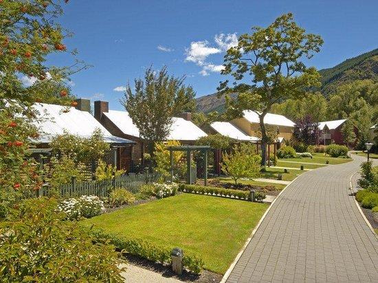Millbrook Resort: Acc Village Inn Exterior