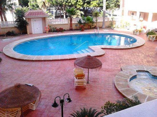 Apartamentos Maracay: Piscina