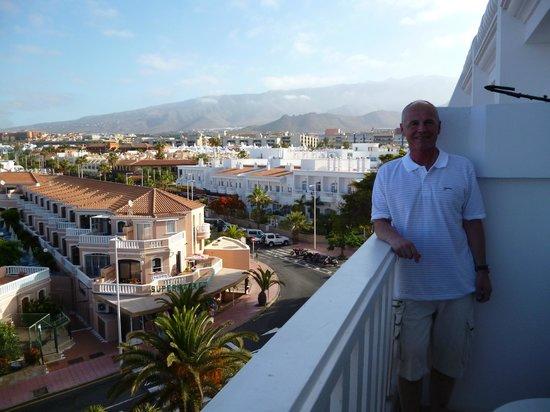 Guayarmina Princess Hotel: balcony view away from sea