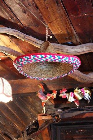 Magpie & Stump: Sombrero