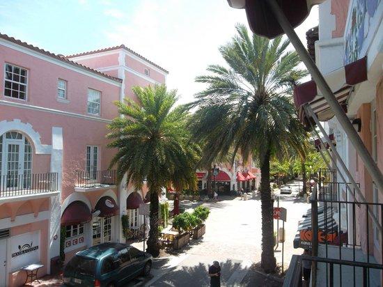 El Paseo Hotel: Balcon