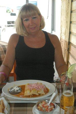 Casa Denis: Dee enjoying Tacos De Cochinita Pibil