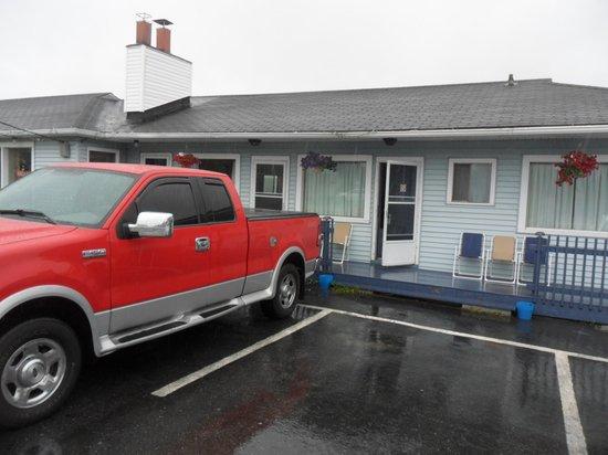 Hillcrest Motel: Outside