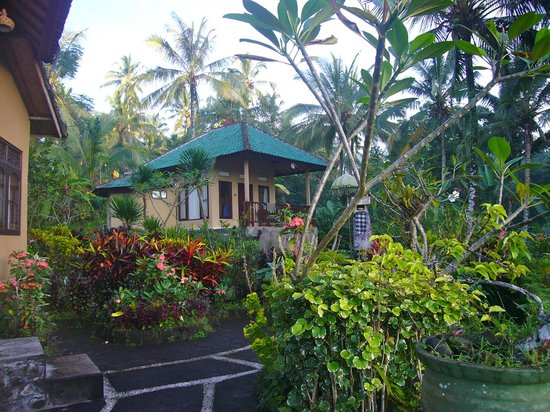 Leging View Home Stay: comfortable bungalow with relaxed balcony