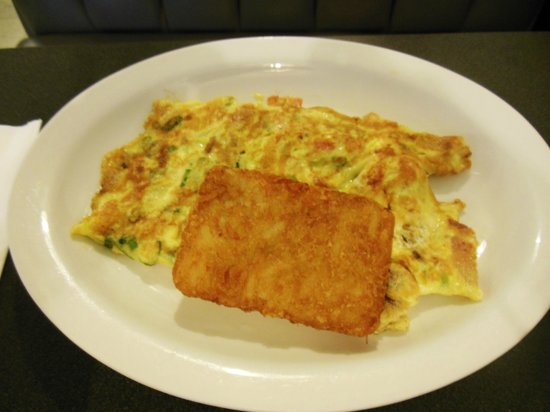 Tip Top : Omelet with hash browns