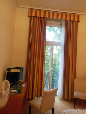 Das Opernring Hotel: room 3rd floor