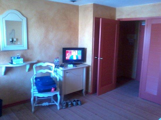 BEST WESTERN Marseille Bonneveine Prado : room