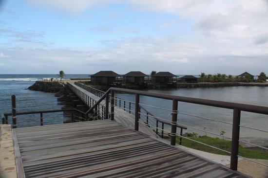 Aga Reef Resort: view towards island villas