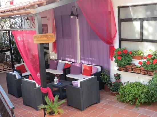 Hotel Villa Fiorita: Entrée de l'hotel