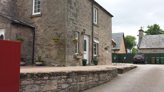 Hay Lodge: SELF CATERING