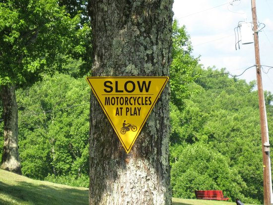 Big Lynn Lodge: Motorcycles Welcome!
