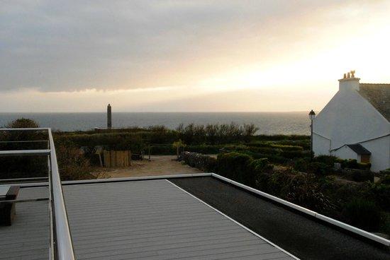 Hostellerie de la Pointe Saint-Mathieu, Sunset view from room