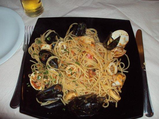 Il Cantuccio : Spaghetti ai frutti di mare