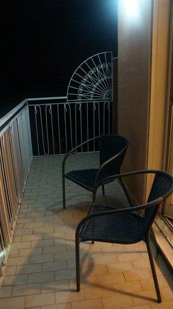 Hotel Cosmomare: балкон 2