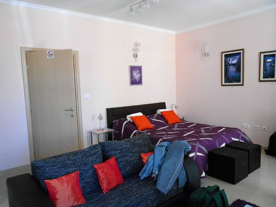 Split Apartments - Peric Hotel: Dormitorio