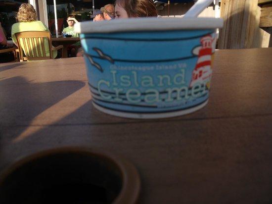 Island Creamery : Kid sized ice cream cup