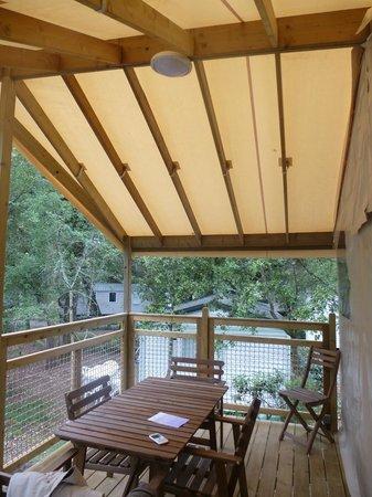 Camping Signol : Terrasse de l'écolodge