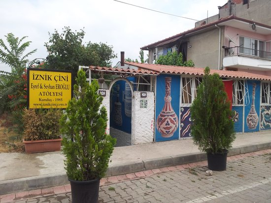 iznik cini esref eroglu atolyesi (first tile workshop of iznik)