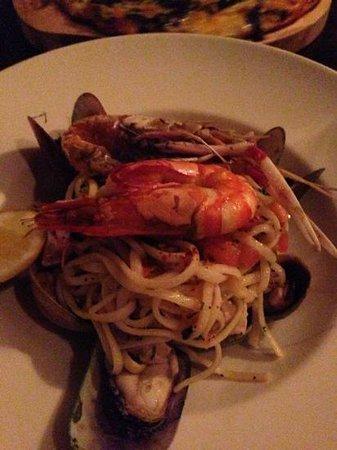 Prego Restaurant : seafood marinna pasta with chilli and garlic