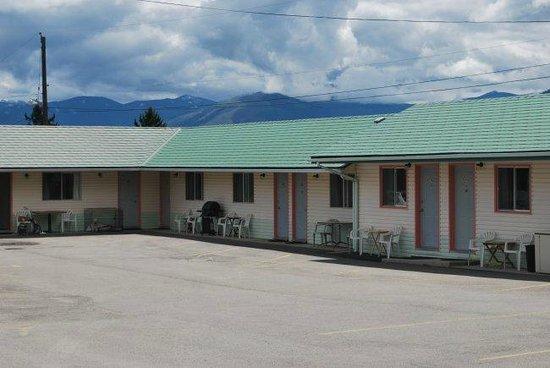 Sunset Motel: Ground floor guest rooms