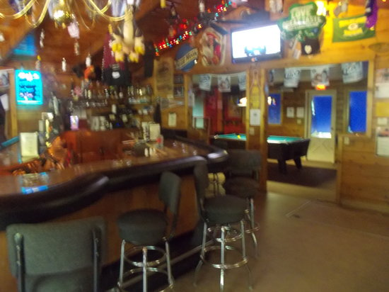 Cattails Bar: Welcome