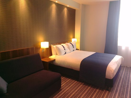 Holiday Inn Express Birmingham - Snow Hill: Double bed