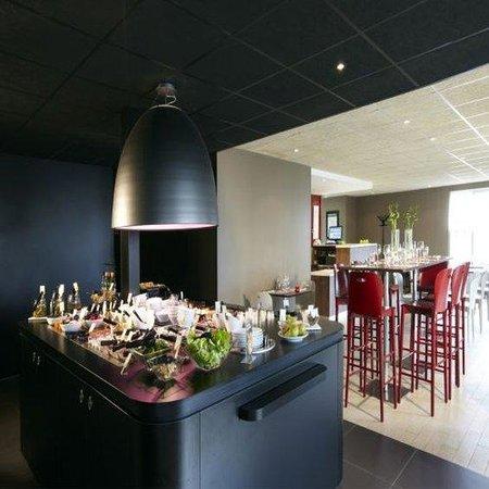 Campanile Chateauroux - Saint-Maur : Buffet Restaurant