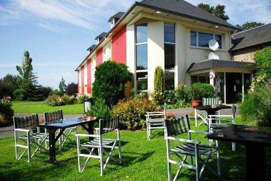 Photo of Hotel La Cour Carree Eu