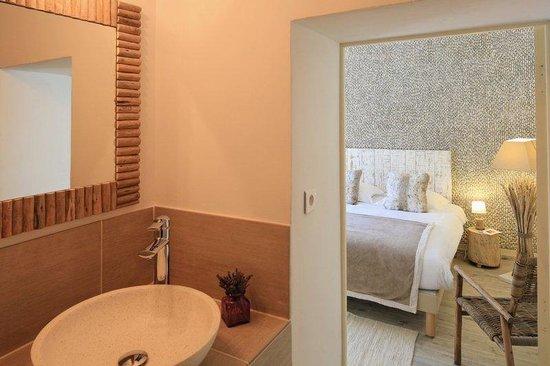 Villa Regalido : Room