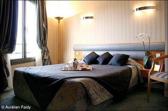 Villa Luxembourg: Guest Room