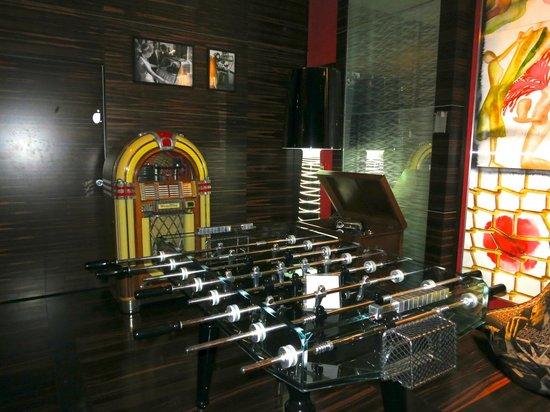 Romeo Hotel: recepcion