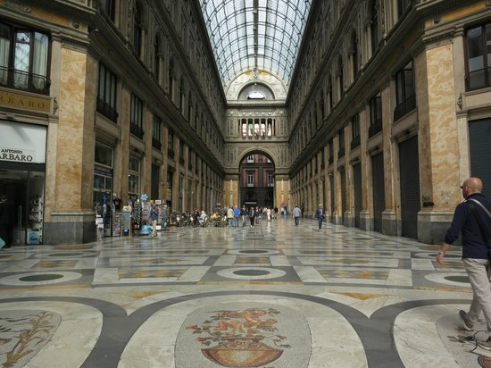 Romeo Hotel: galeria Umberto 1