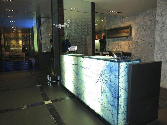 โรงแรมโรมิโอ: recepcion