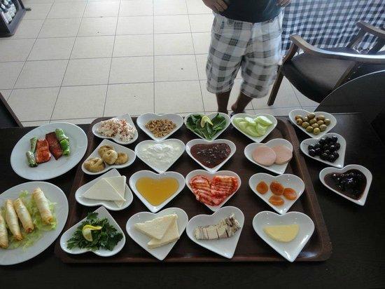 Jaffa's Restaurant Cafe and Bar: SERPME KAHVALTI
