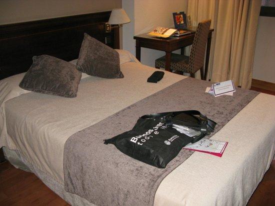 Felipe IV Hotel: Habitacion