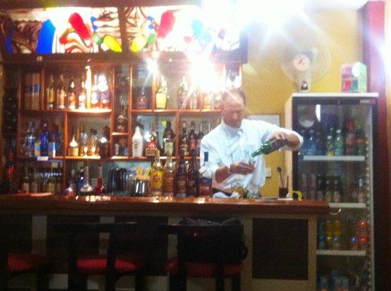 Sercotel Hotel Caribbean: The bar