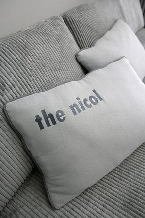 Urban Hip Hotels - The Nicol: Room