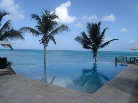 Cocobay Resort: Pool