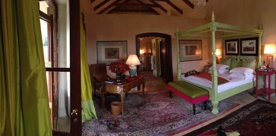 La Residence: Bedroom