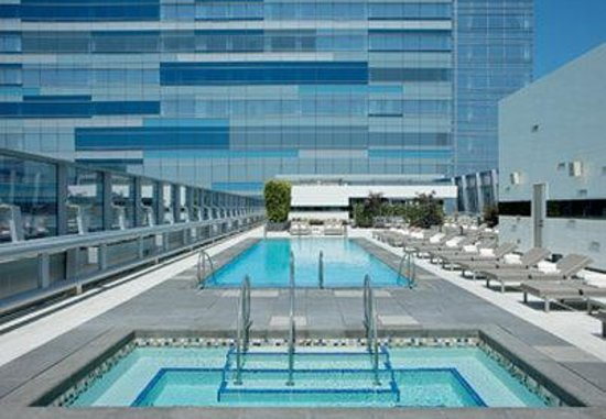 The Ritz-Carlton, Los Angeles: Pool